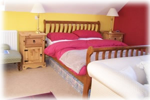 Bla Bheiin Bed & Breakfast Accommodation - Black Cuillin room - king size bed and double sofa